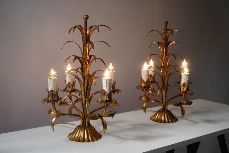 Two rare Italian Gilt Palm Tree, Table Lamps, 1970s. Each light requires four single E14 screw fit lightbulbs (40Watt max.) LED compatible.  Height 40 cm. Diameter 30 cm.