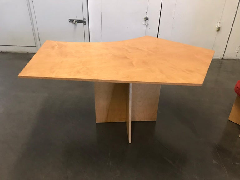 Asymmetrical Top Table with Four Stools by Di Vincente For Sale 4