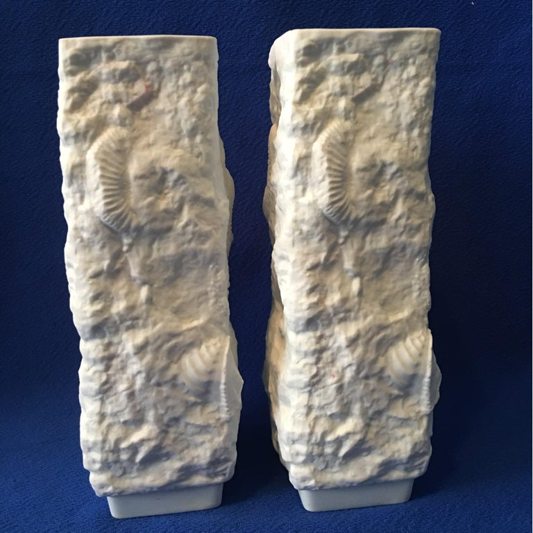 One Pair of  White Fossil Rock Matte Vases by Kaiser of Germany In Good Condition For Sale In Frisco, TX