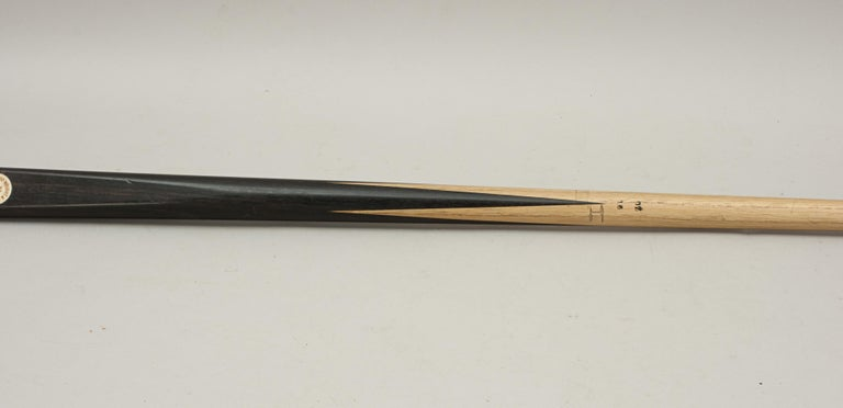 Mid-20th Century One Piece Geo. Wright & Co. Billiard Cue, Snooker Pool Cue For Sale