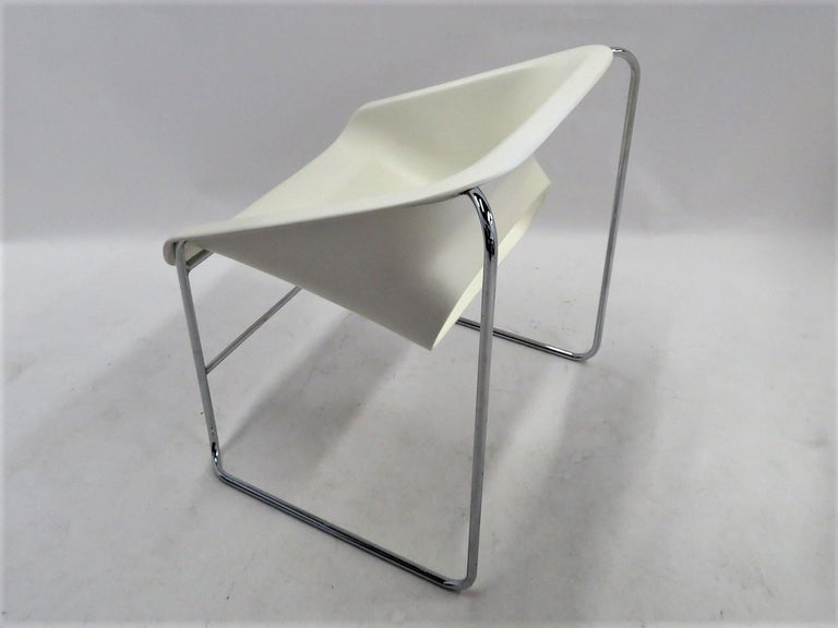 One Set 4 Space Age Modern Lotus Series Chairs Paul Boulva, Artopex Canada 1970s For Sale 1