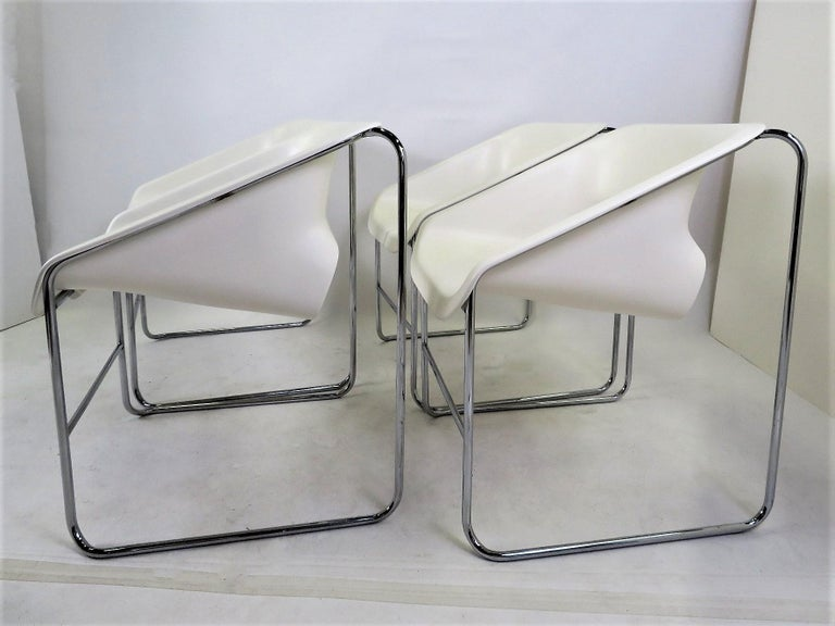 Canadian One Set 4 Space Age Modern Lotus Series Chairs Paul Boulva, Artopex Canada 1970s For Sale