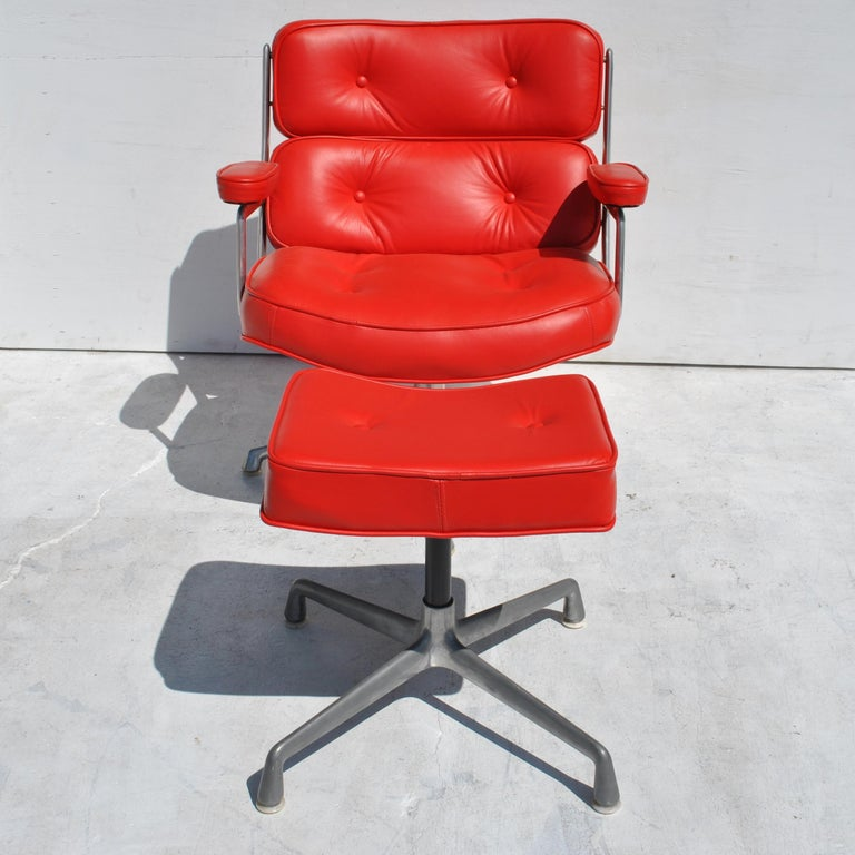 American One Set Herman Miller Time Life Lounge Chair and Ottoman