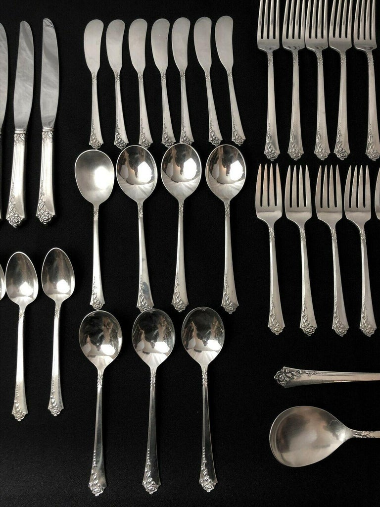 Oneida Heirloom Silver Sterling Silver Flatware Service for Eight, Damask Rose For Sale 4