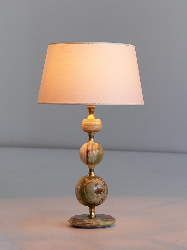 Italian Onyx and Brass Table Lamp with Ivory Shade, Italy, 1970s For Sale
