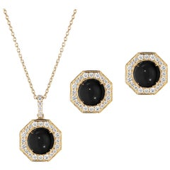 Goshwara Onyx Cabochon With Diamond Earrings & Pendant