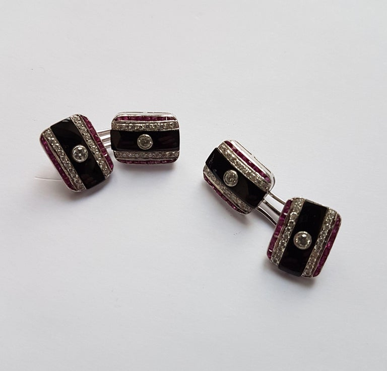 Onyx Diamond Ruby Cufflinks, Early 20th Century In Excellent Condition For Sale In Berlin, DE
