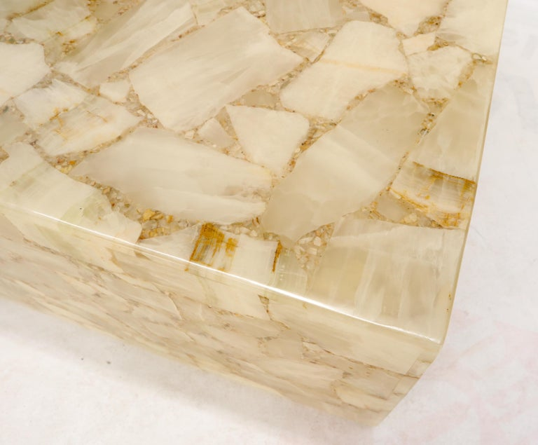 Onyx and Resin Square Cube Shape Mid-Century Modern Coffee Table For Sale 1