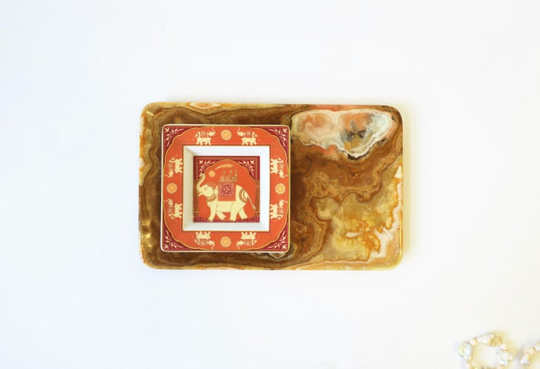 20th Century Onyx Tray or Vide-Poche For Sale