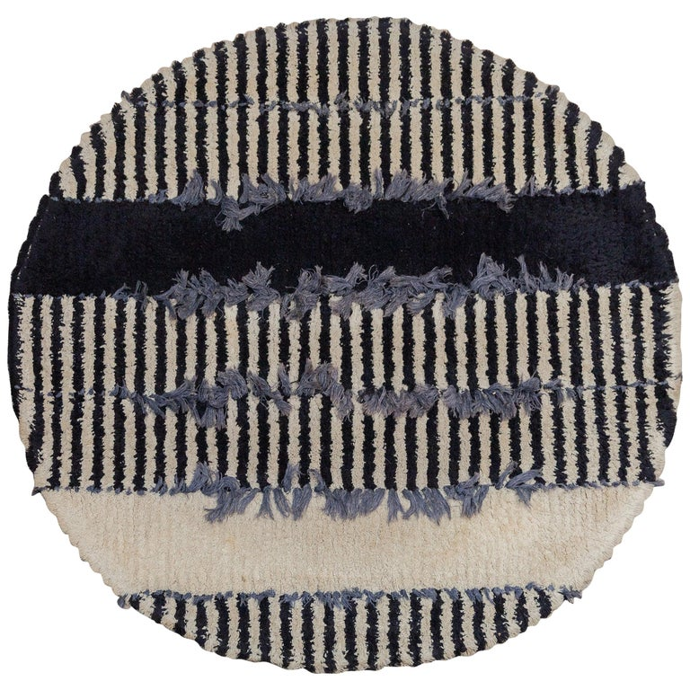Op-Art Round Rya Black and White Rug Wall Hanging Carpet, 1960s, Sweden For Sale