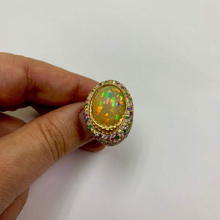 Women's Opal 9.14 Carat Diamonds Sapphire 18 Karat Yellow Gold Honeycombs Ring For Sale