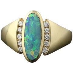Opal and Diamond Kabana Ring, 14 Karat Yellow Gold Round Brilliant .18 Carat