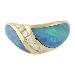 Opal and Diamond Kabana Ring, 14 Karat Yellow Gold Round Brilliant .25 Carat