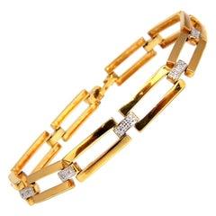 Open Rectangular Link .20 Carat Diamond Bracelet 14 Karat