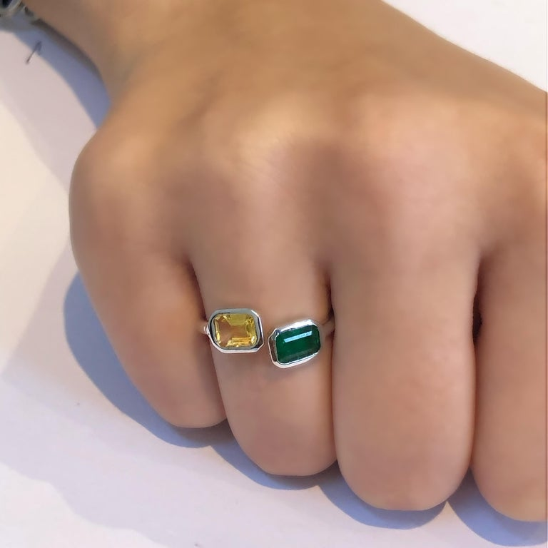 Women's Open Shank Gold Cocktail Ring with Emerald and Yellow Sapphire Bezel Set For Sale