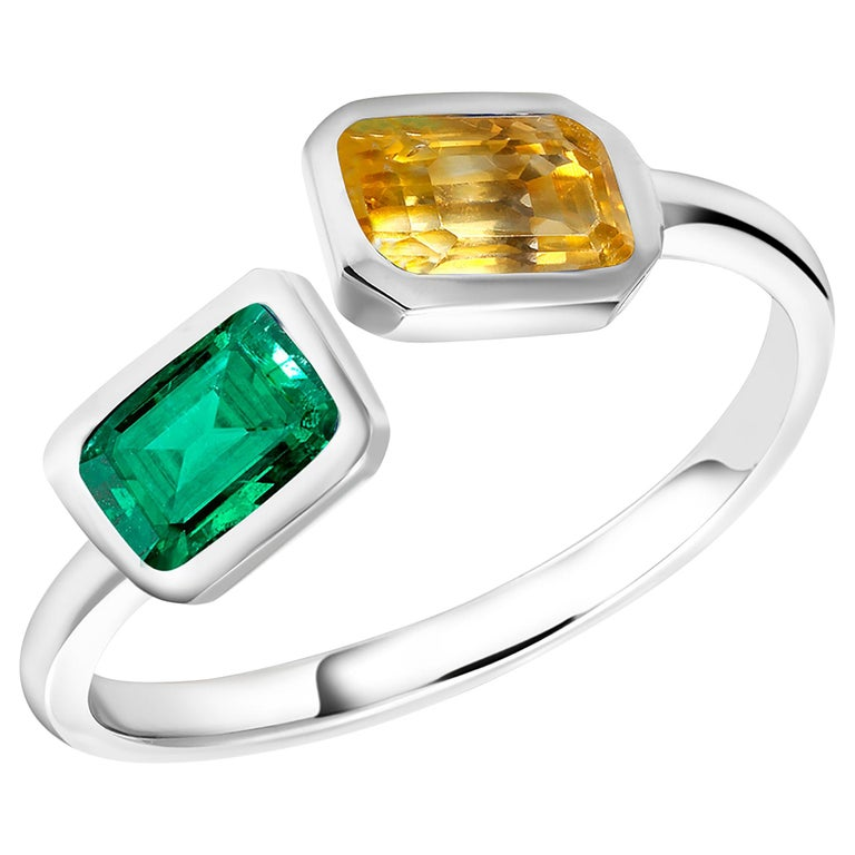 Open Shank Gold Cocktail Ring with Emerald and Yellow Sapphire Bezel Set For Sale