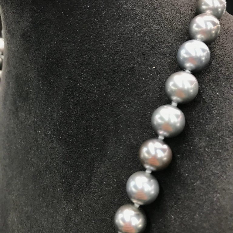 HARBOR D. Opera Ombre Tahitian Pearl Necklace Diamond Clasp For Sale 4