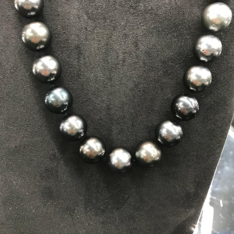 HARBOR D. Opera Ombre Tahitian Pearl Necklace Diamond Clasp For Sale 2