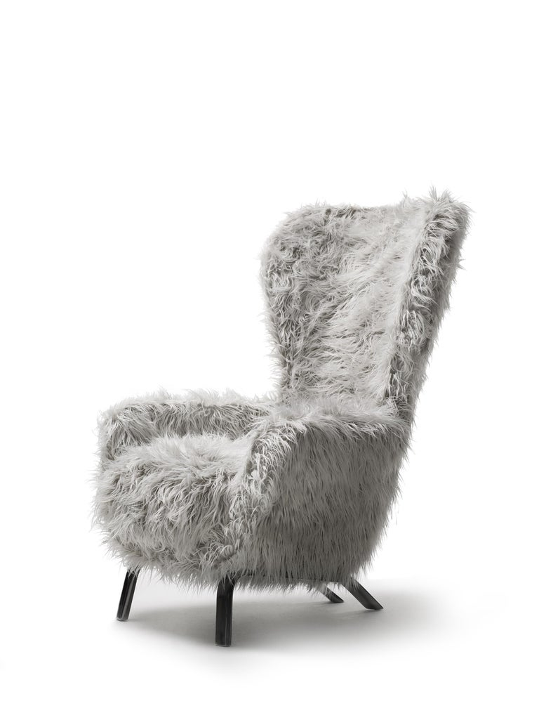 Modern Opinion Ciatti Guelfo Fur Wingback Armchair in White Mélange Synthetic Fur For Sale