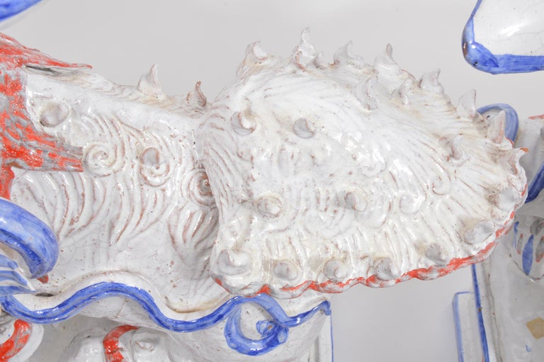 Opposing Pair of Italian Ceramic Glazed Foo Dogs on Bases Manner Ugo Zaccagnini For Sale 1