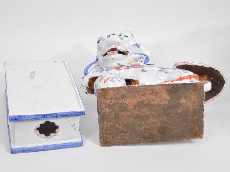 Opposing Pair of Italian Ceramic Glazed Foo Dogs on Bases Manner Ugo Zaccagnini For Sale 3