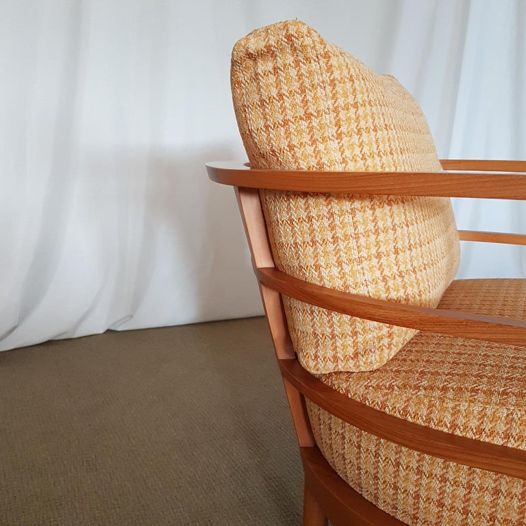 Orange and Yellow Cotton Fabric Italian Armchair with Frame in Teak Wood In Excellent Condition For Sale In Mornico al Serio ( BG), Lombardia