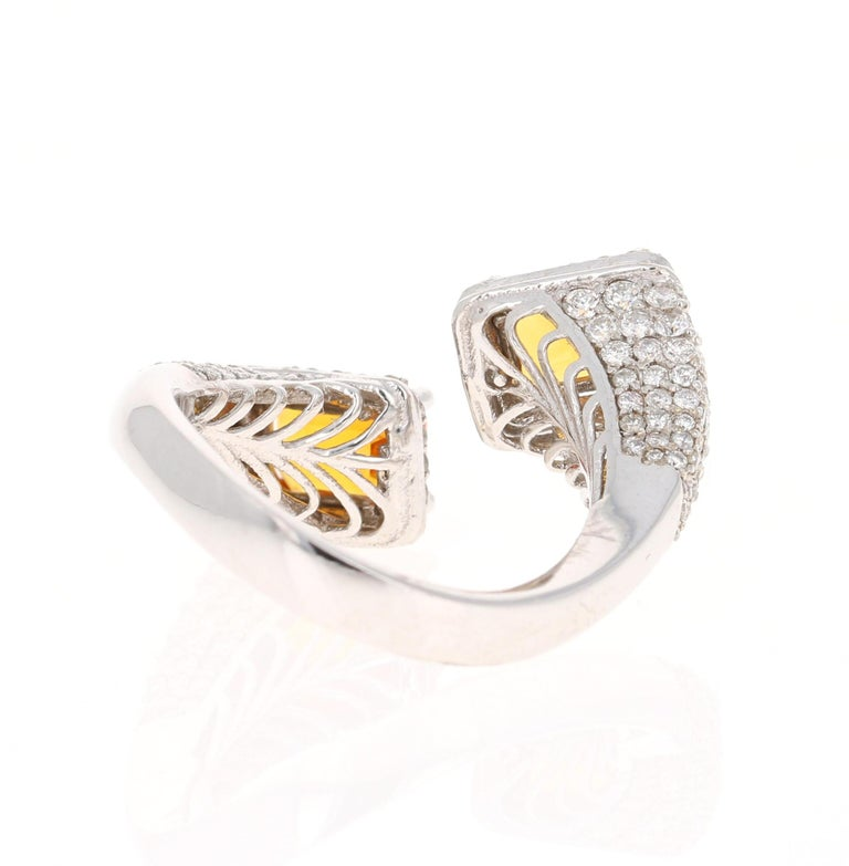 Orange Sapphire Diamond 14 Karat White Gold Cocktail Ring In New Condition For Sale In Los Angeles, CA