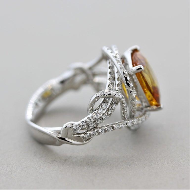 Women's Orange Sapphire Diamond Gold Ring, GIA Certified For Sale