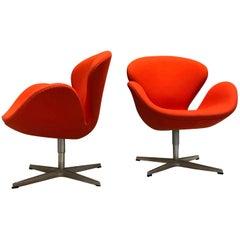 Orange Swan Chairs by Arne Jacobsen for Fritz Hansen