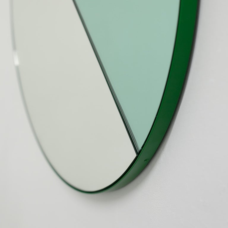 Orbis Dualis Mixed 'Green + Silver' Round Mirror with Green Frame, Small For Sale 6