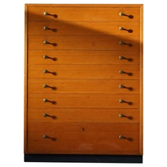Oregon Pine Chest of Drawers with Brass Handles, 1970s