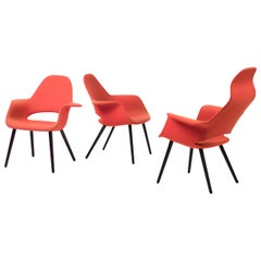 Organic Chairs by Charles Eames & Eero Saarinen