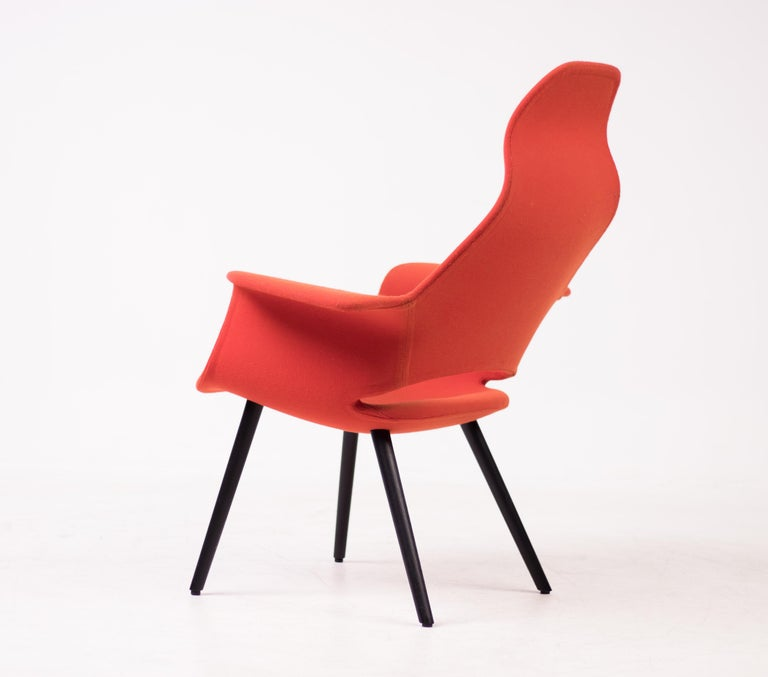 Organic High Back Chair by Charles Eames & Eero Saarinen In Good Condition For Sale In Dronten, NL