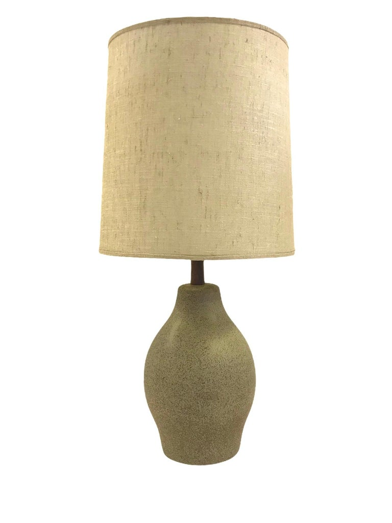 Organic Mid-Century Modern Martz Ceramic Table Lamp For Sale 6