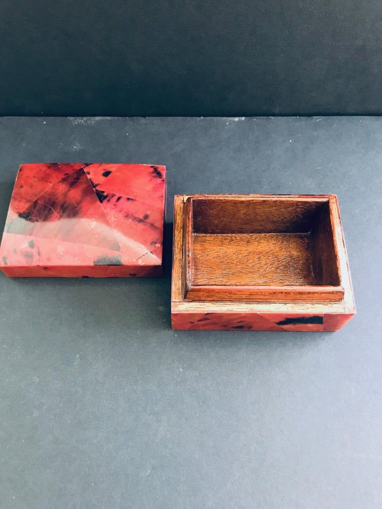 Organic Modern Box in Mosaic Pen-Shell by R&Y Augousti For Sale 3