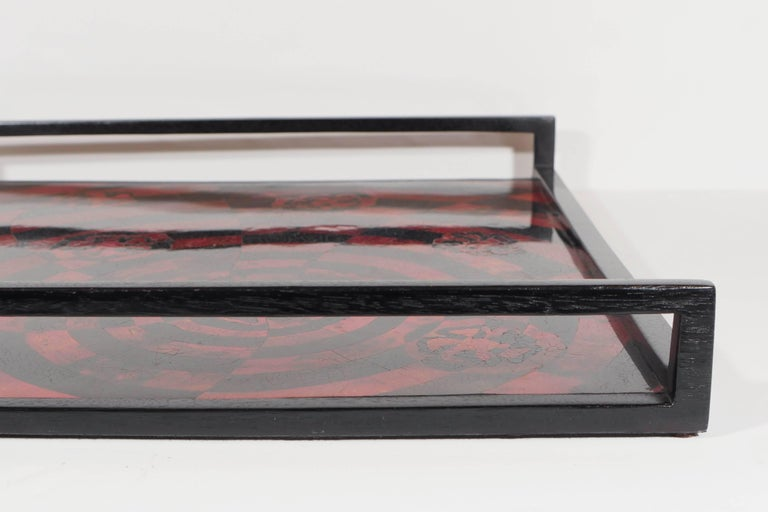 Organic Modern Mosaic Tray in Lacquered Pen Shell For Sale 2
