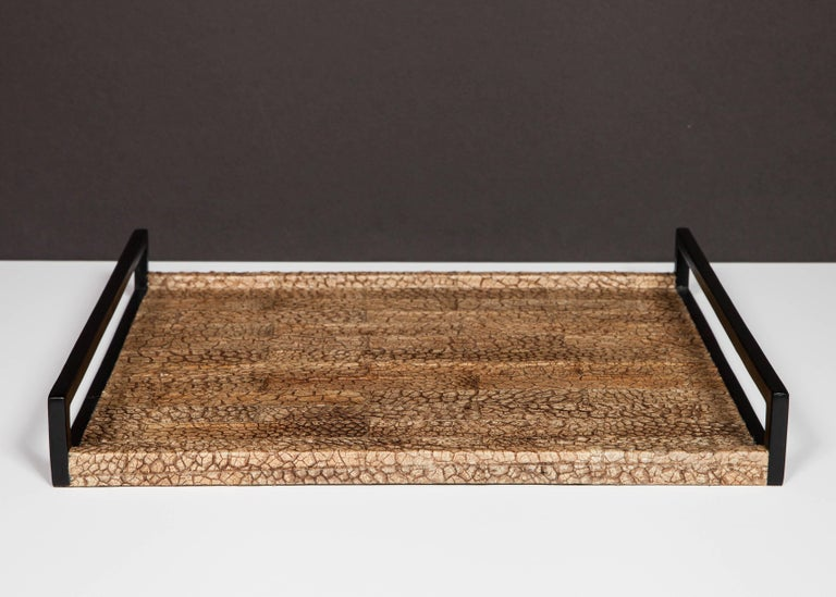 Organic Modern Serving Tray in Genuine Crocodile Leather In Excellent Condition For Sale In Miami, FL