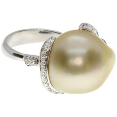 Organic-Shaped Australian Pearl Cocktail Ring with Diamonds in White Gold