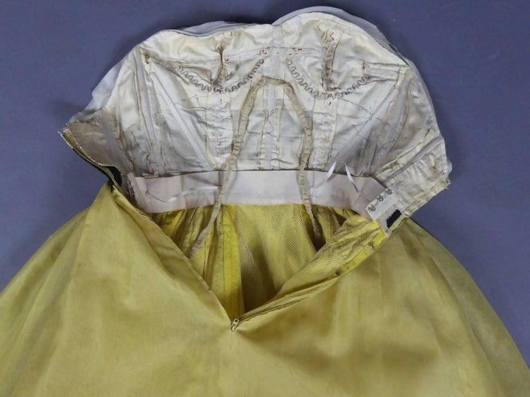 Organza Haute Couture evening dress France, Circa 1955 For Sale 7