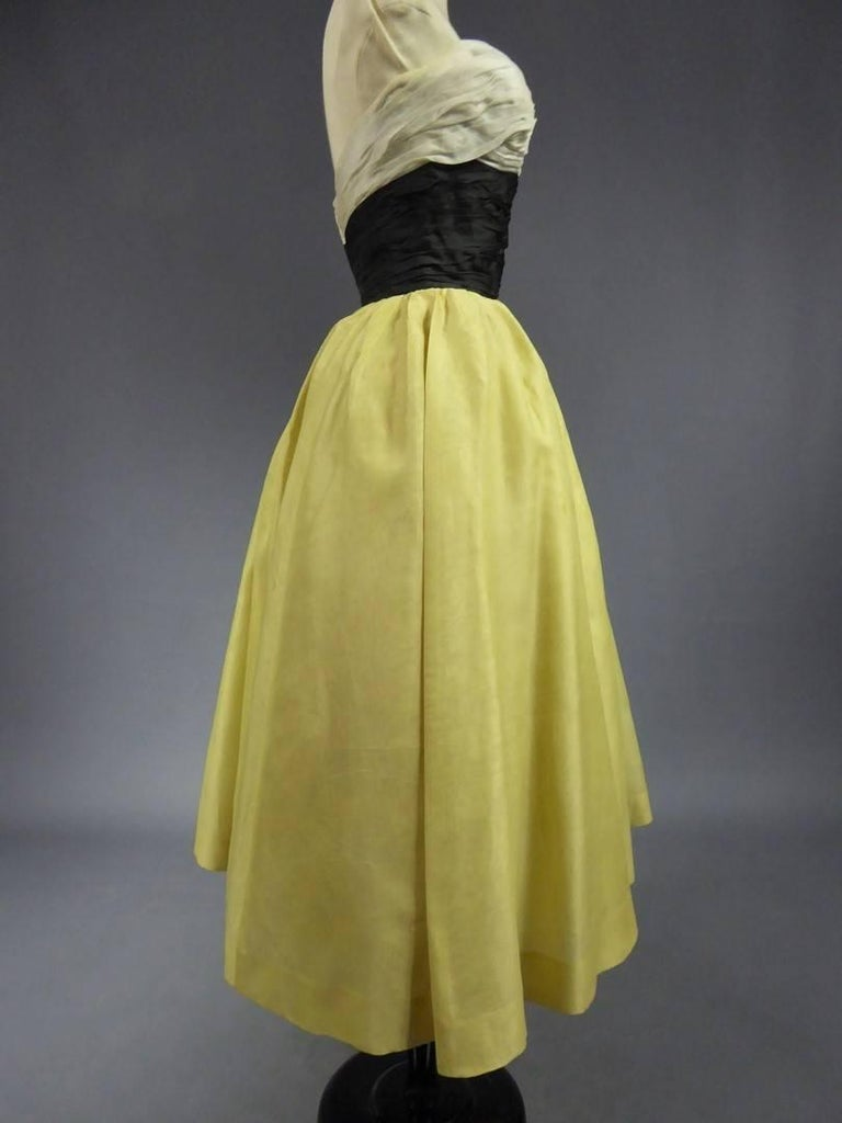 Organza Haute Couture evening dress France, Circa 1955 For Sale 2