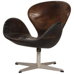 Original 1960s Arne Jacobsen Black Leather Swan Chair 3320 with Heavy Patina