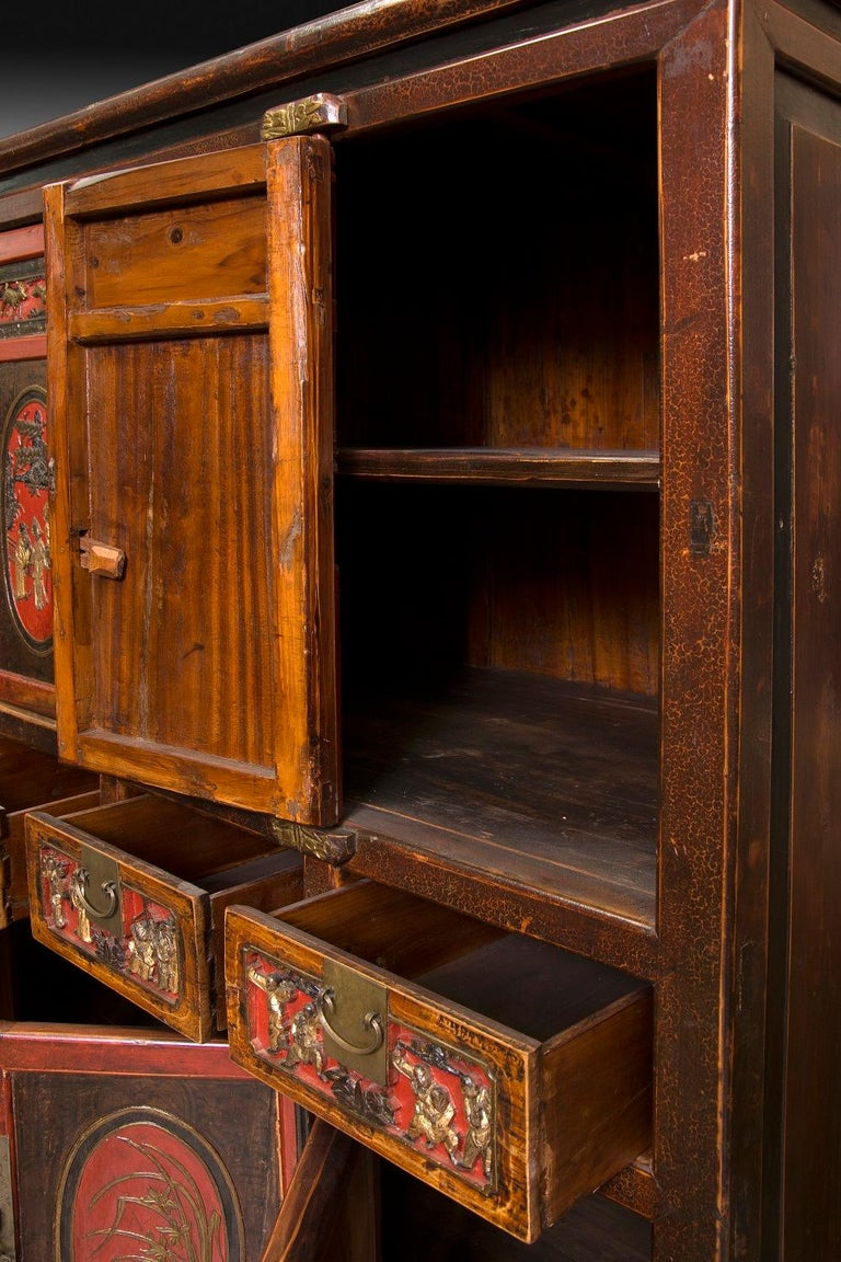 Oriental Cabinet, Polychromed Wood and Metal, 19th-20th Century In Good Condition For Sale In Madrid, ES