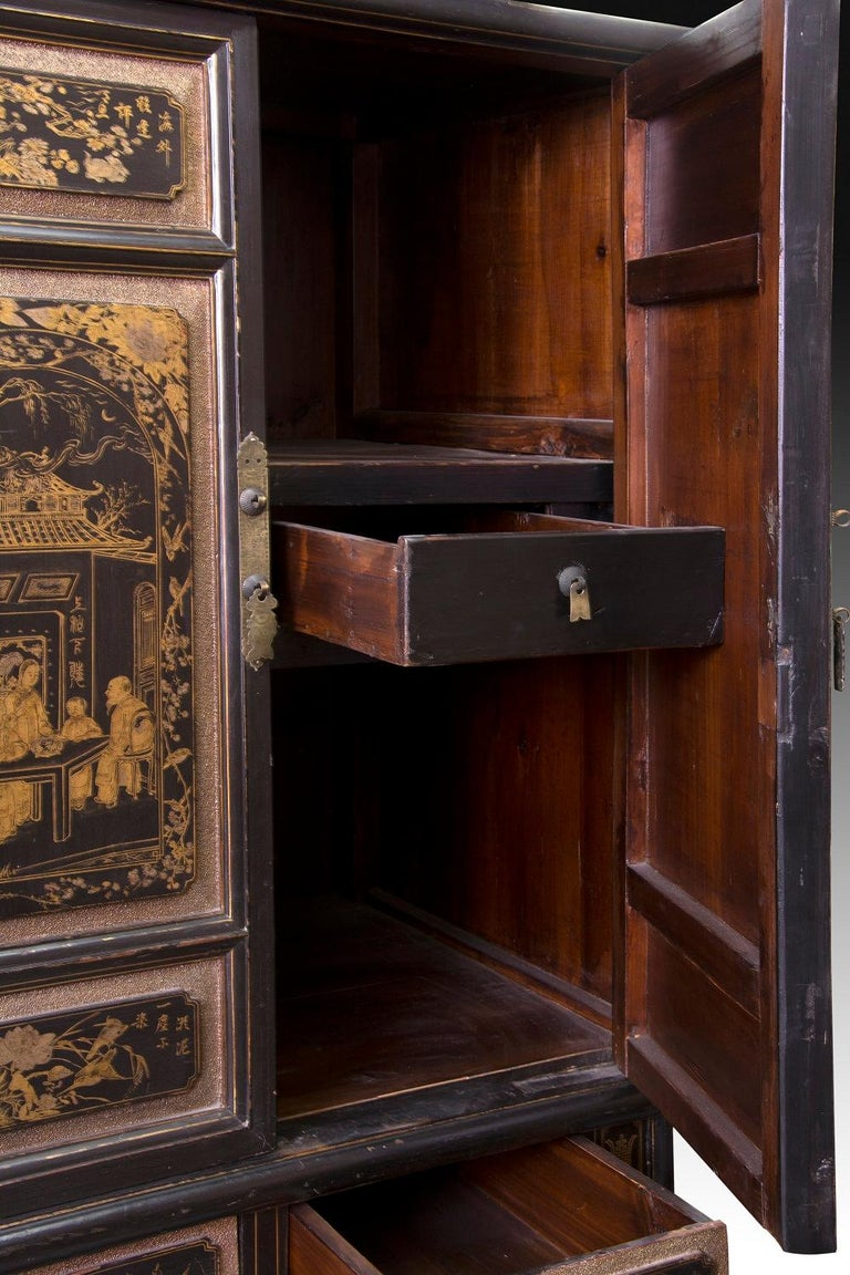Oriental Cupboard, Lacquered Wood, 19th-20th Century In Good Condition For Sale In Madrid, ES