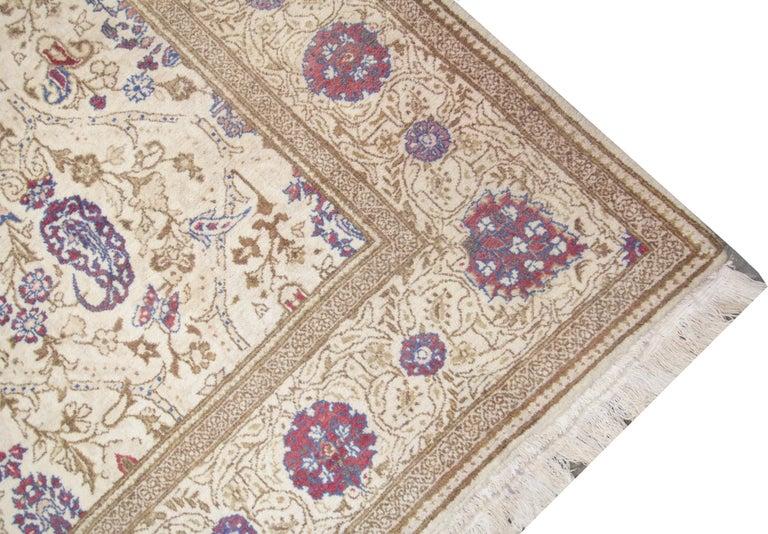 Oriental Rug Handmade Carpet Vintage Turkish Rug, Cream Wool Living Room Rug For Sale 4