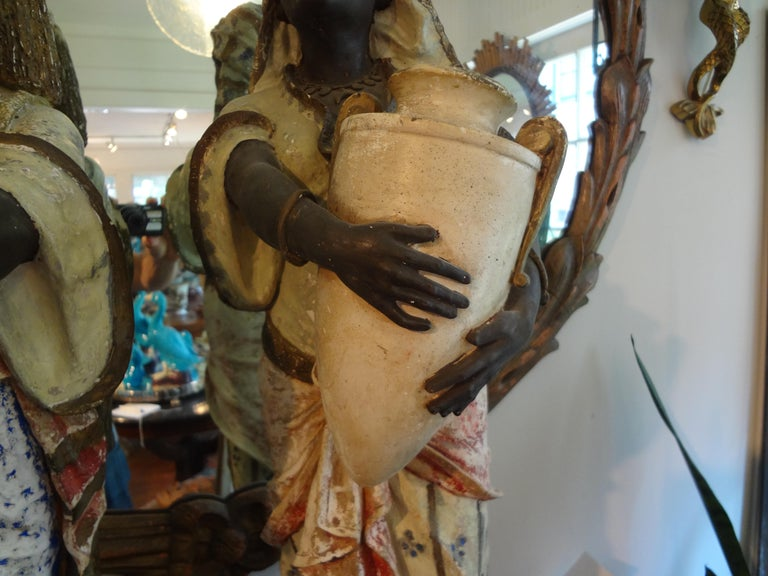 Orientalist Pair of Polychromed Plaster Arabesque Figures For Sale 2