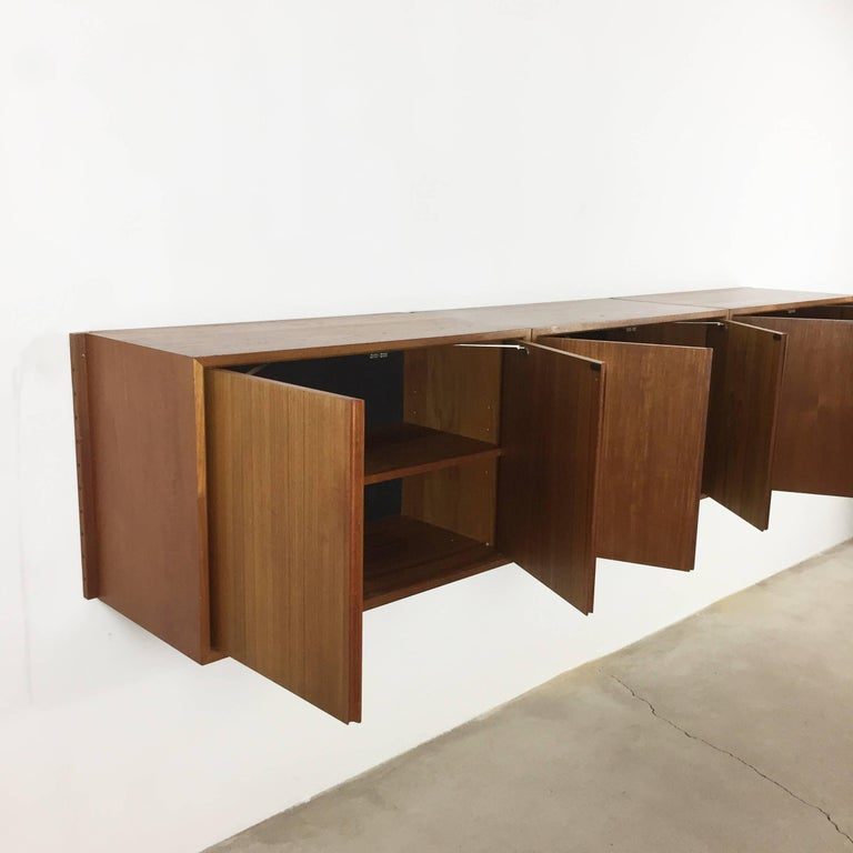 Original 1960s Floating Modular Teak Wall Unit by Poul Cadovius for Cado Denmark For Sale 8