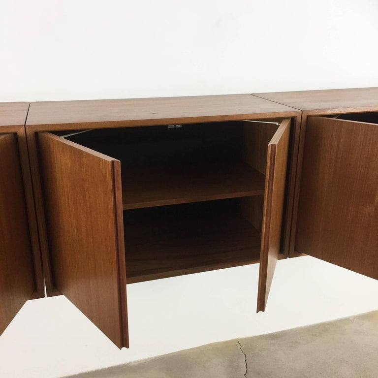 Original 1960s Floating Modular Teak Wall Unit by Poul Cadovius for Cado Denmark For Sale 9