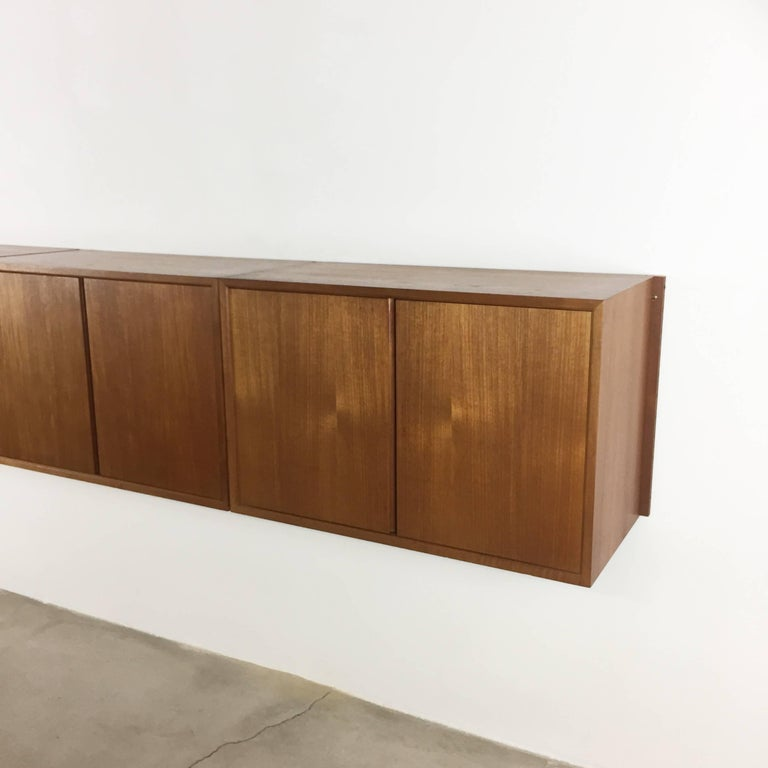 20th Century Original 1960s Floating Modular Teak Wall Unit by Poul Cadovius for Cado Denmark For Sale