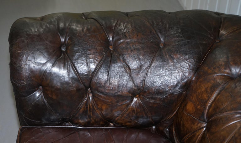 Original 1880 Brown Leather Victorian Chesterfield Club Sofa Horse Hair Filled For Sale 6
