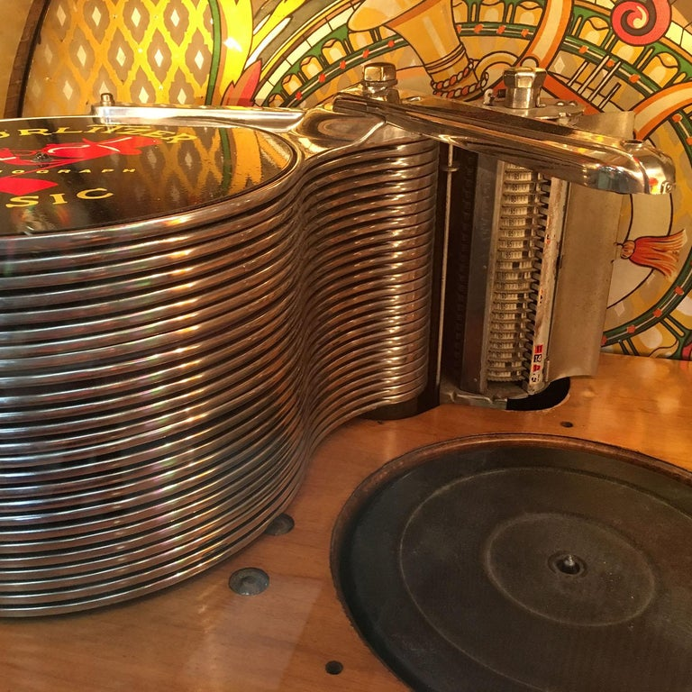 Original 1948 Wurlitzer 1100 Vinyl Jukebox For Sale 2